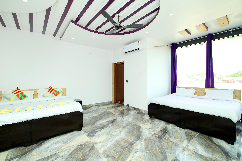 OYO Home 38575 Luxury Studio Stay Dehardun