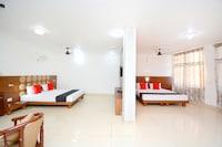 Capital O 38623 Pathankot Club Suite