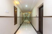Capital O 38630 Hotel Venkaateswara Deluxe