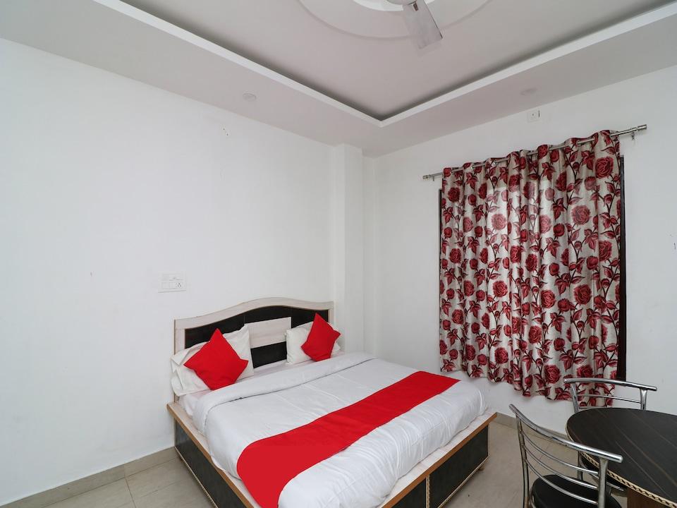 SPOT ON 38637 Hotel Sar