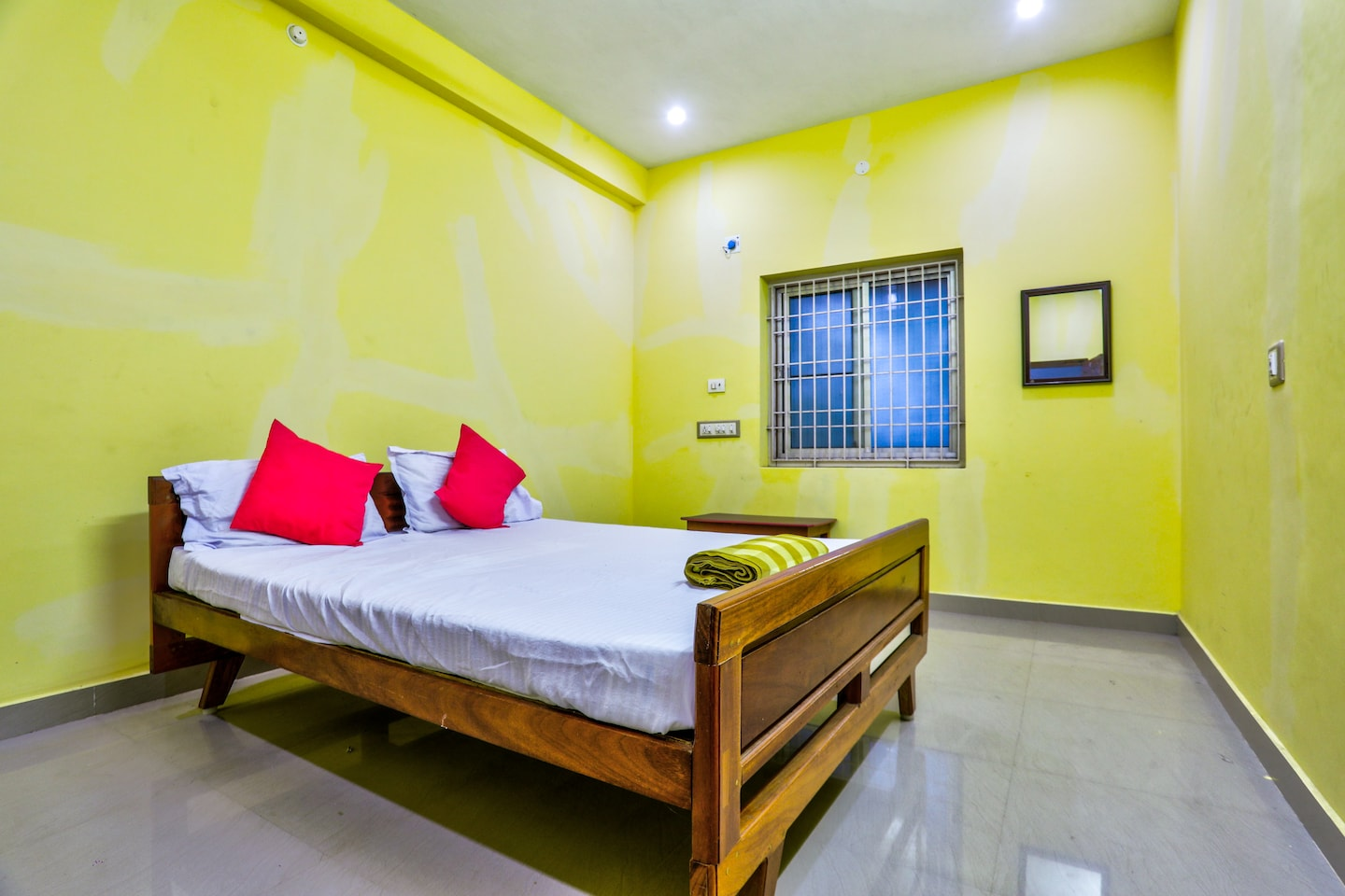 SPOT ON 38675 Sri Sai Veeran Guest House -1