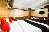 Capital O 38692 Hotel Gajraj Suite