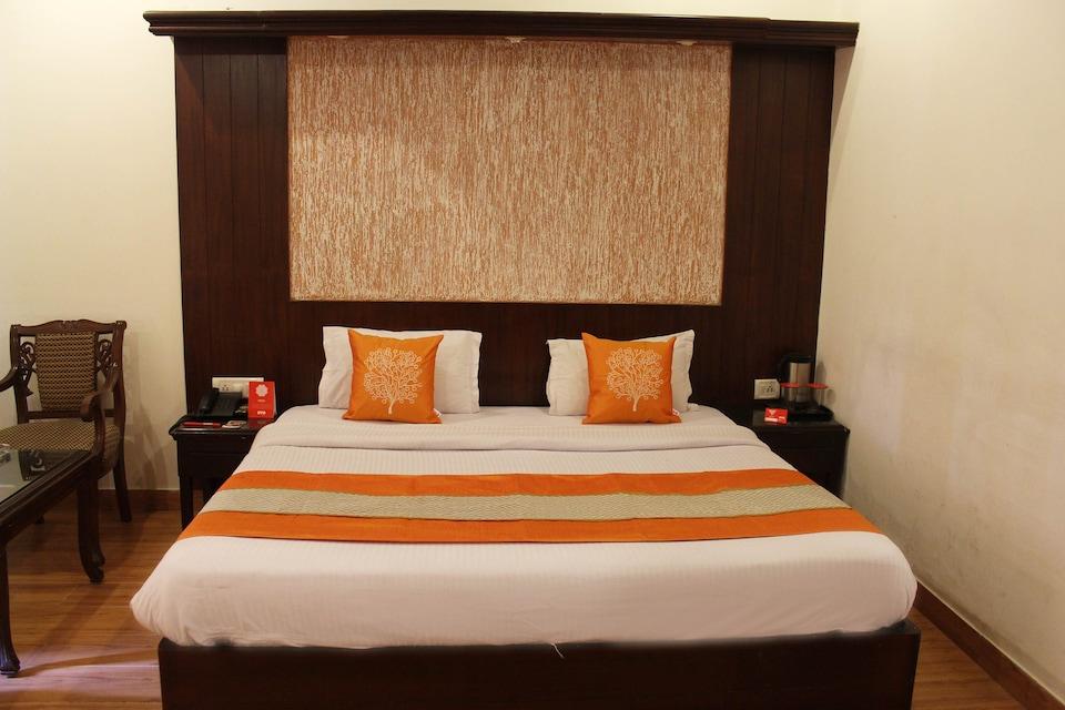 OYO 3707 Hotel Naaz Deluxe
