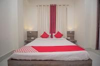 OYO 38757 Hotel Red Panda