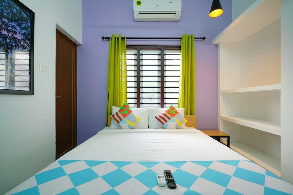 OYO Home 38760 Elegant Kaippallil Apartments 2bhk