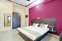 OYO Home 38767 Cozy Mount View  Stay Dehradun