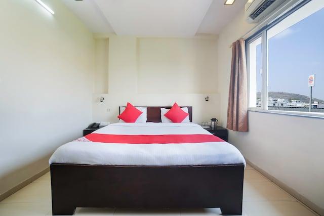 OYO 3708 Shree Vilas Hotel
