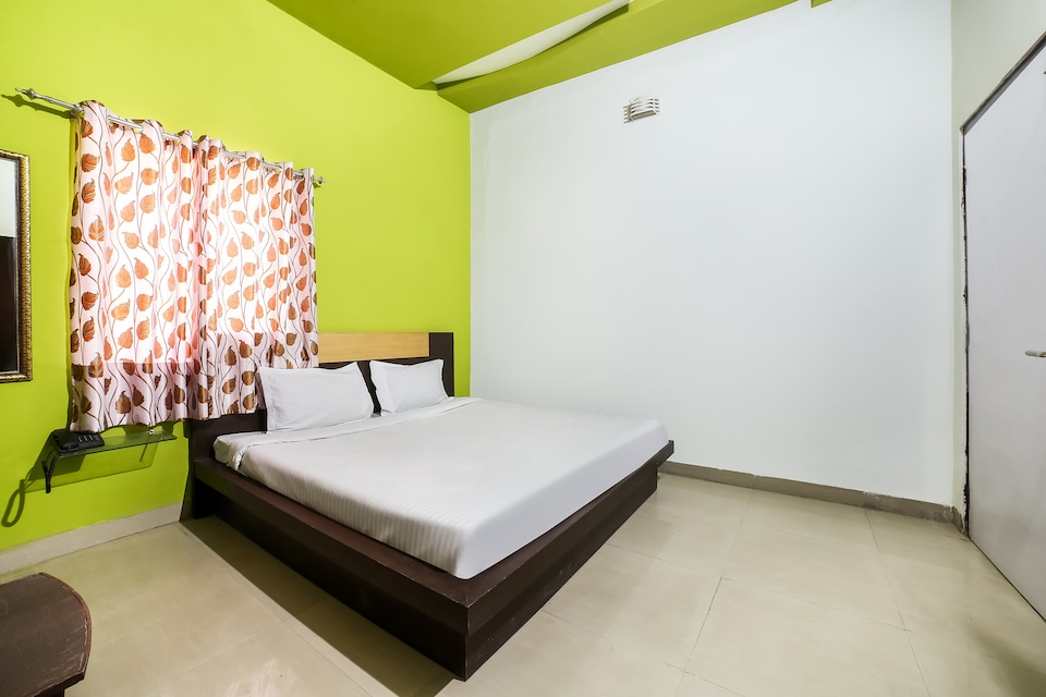 SPOT ON 38777 Hotel Rajdeep