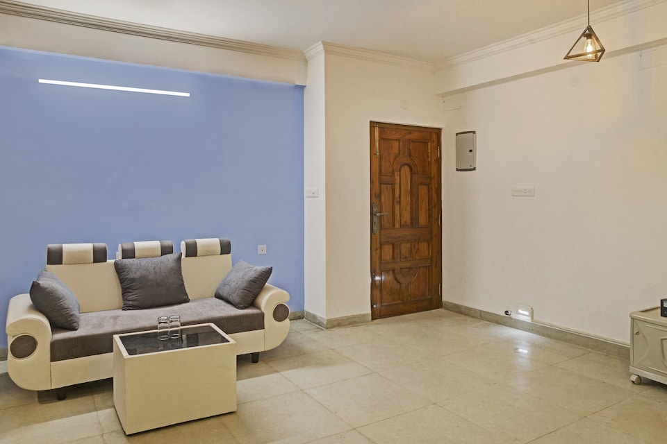 OYO Home 38807 Blissful Stay New Town