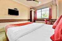 SPOT ON 38819 Sri Sai Comforts