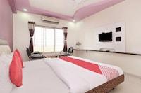 OYO 38849 Hotel Pooja Residency
