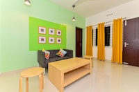 OYO Home 39340 Modern Stay Near Cusat