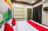OYO 39358 Hotel Kalyan Palace