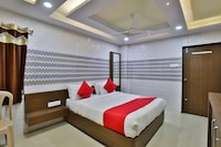 OYO 39361 Hotel Shiv Laheri
