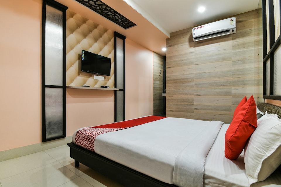 OYO 39389 Hotel Kanha And Restaurant