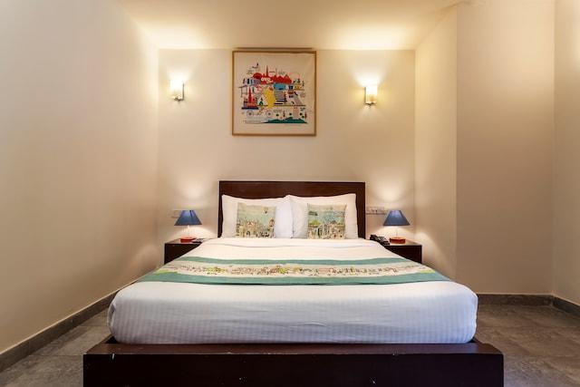 OYO 39422 Shivam Hotel