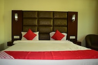 Capital O 3734 Hotel Naqash Residency