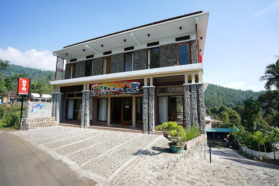 OYO 904 Defada Village, Bromo Desa, Probolinggo