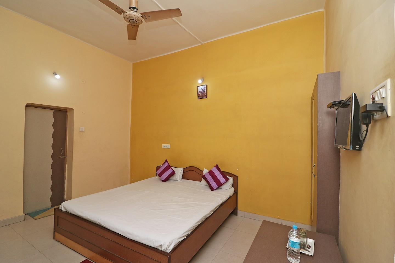 SPOT ON 39527 Hotel Saraogi -1