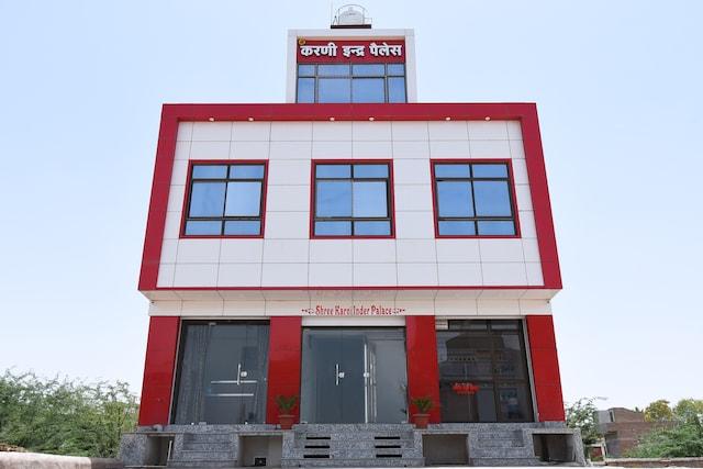 OYO 39560 Shree Karni Indra Palace