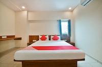 OYO Flagship 39615 Hotel Naman Sector 14