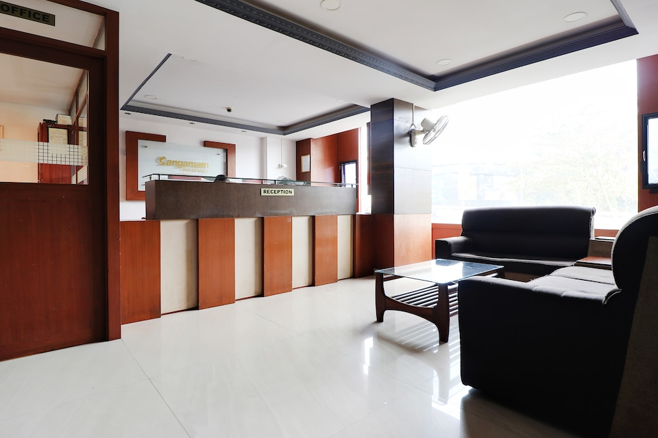 SPOT ON 39663 Sangamam Residency