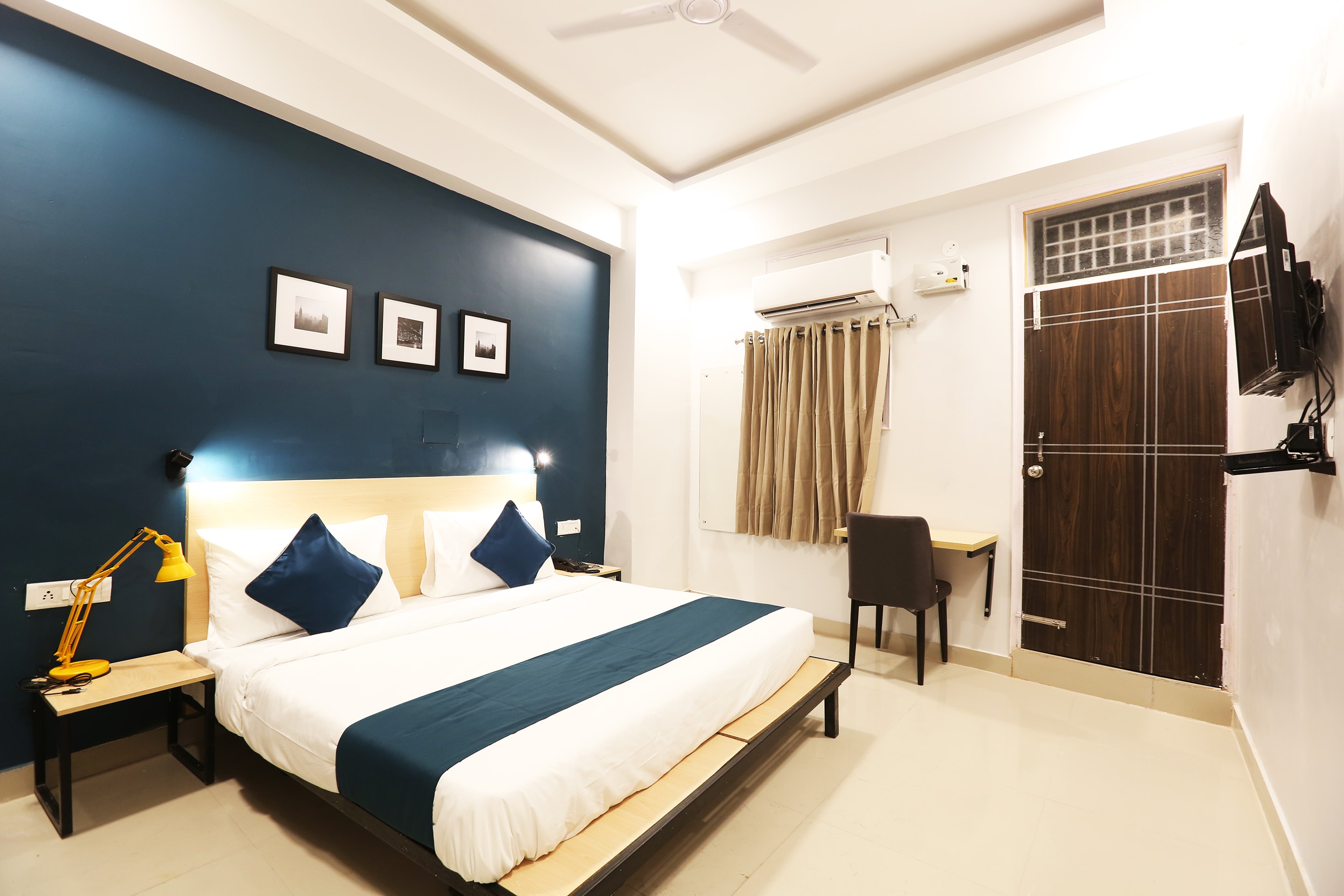 Silver Key Hotels in New Friends Colony, Delhi Starting