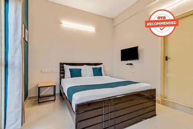 SilverKey Executive Stays 39706 Jeevanahalli Main Rd