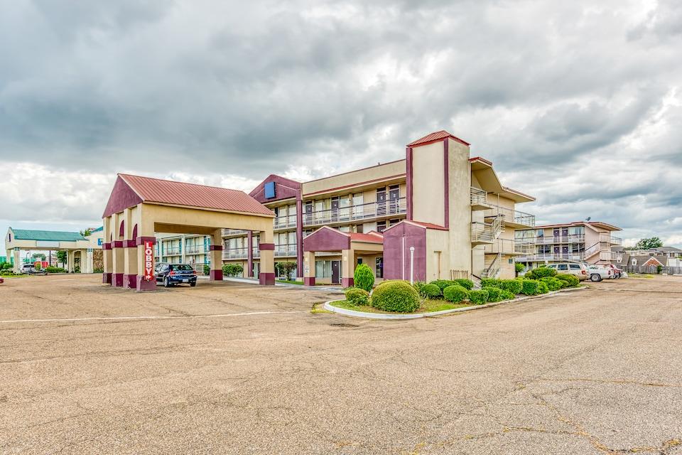 OYO Hotel Jackson North I-55