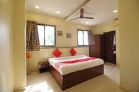 OYO 39757 Hotel Shahi