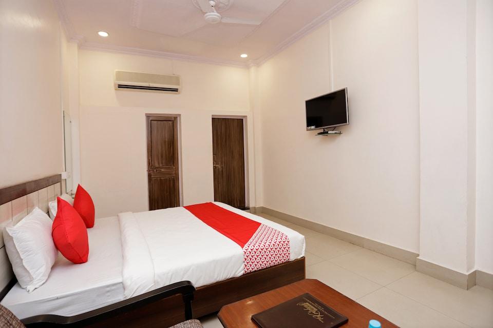 OYO 39781 Shree Krishna Residency