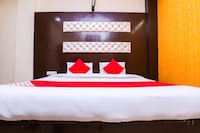 OYO 39815 Karat 87 Hotel