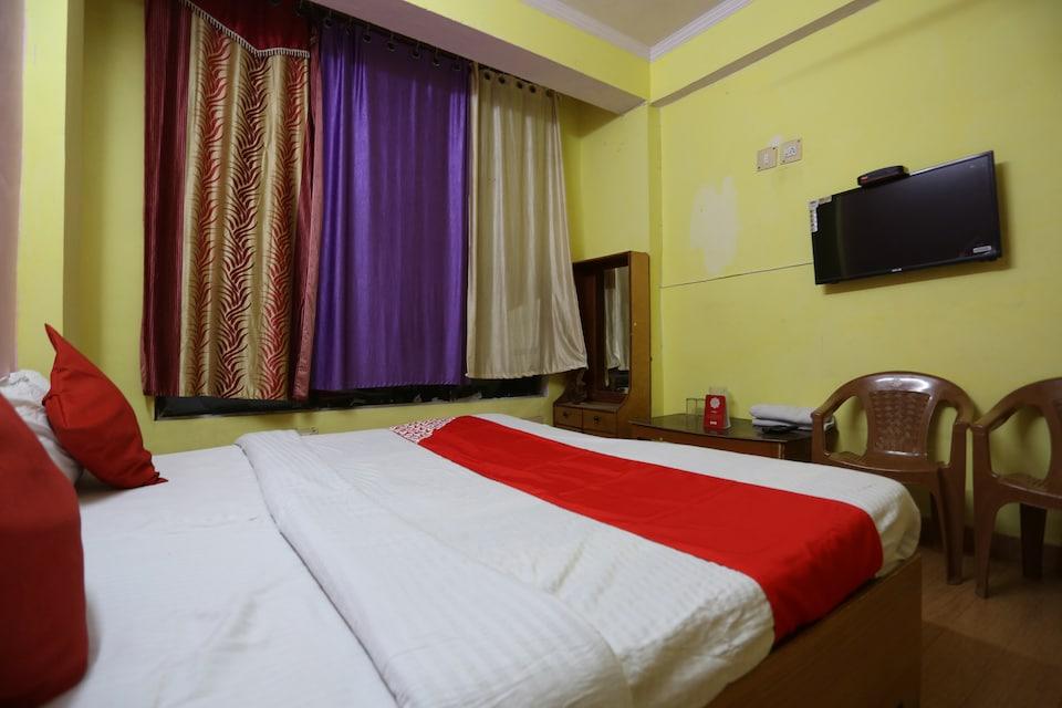 OYO 39819 Hotel Shaurya
