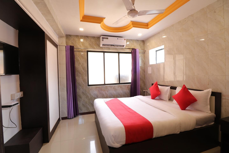 OYO Flagship 39821 Hotel Manas -1