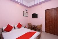 OYO 39828 Hotel Aradhya Gange Residency