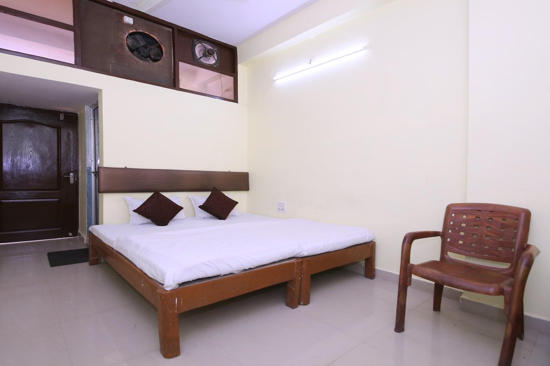 SPOT ON 39855 Hotel Aditya -1