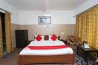 OYO 39865 Hotel Guruvesh Deluxe