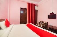 OYO 39871 Shree Palace G