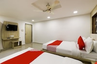 OYO 39893 Hotel A1 Deluxe