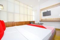 OYO 39902 Hotel Mannat