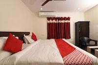 OYO 39904 Swarna Palace