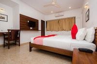OYO 3762 Swamini Niwas Deluxe