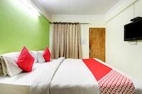 OYO 39911 Hotel Mangalam