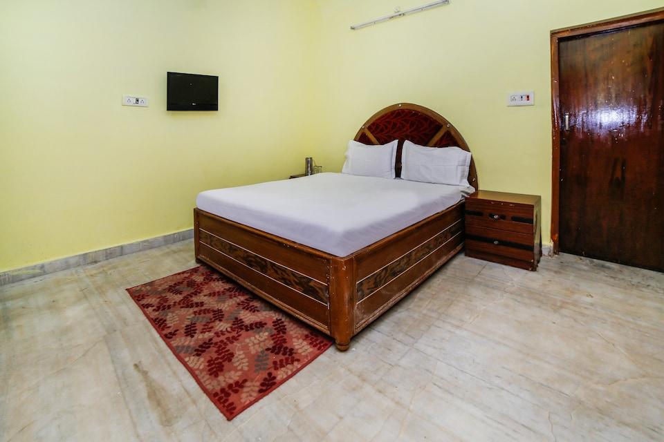 SPOT ON 39937 Hotel Surya