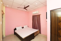 SPOT ON 39956 Shree Ram Guest House