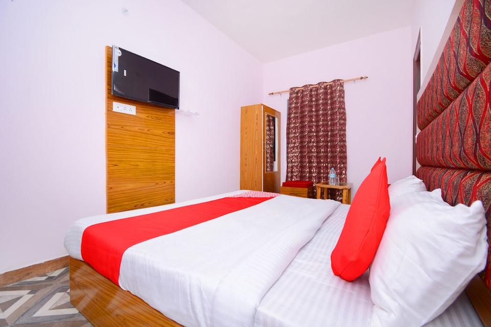 OYO 39965 Hotel Aryan