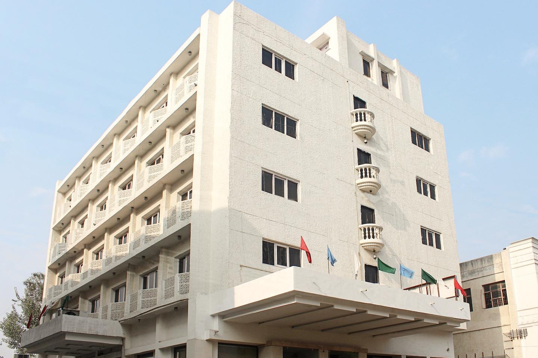 OYO 3768 Hotel Atithi -1