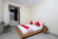 OYO 40010 Mannat Residency