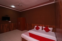 OYO 40015 Hotel Virat Palace
