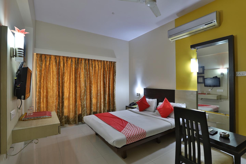 OYO 40017 Hotel Excellency -1